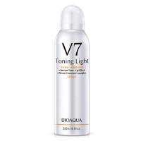 Защитный спрей для лица с тонирующим эффектом Bioaqua V7 Deep Hudration(Ленивый макияж),250ml .