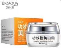 Отбеливающий крем для лица  с экстрактом клюквы BioAqua Effect Whitening Cream 35 g