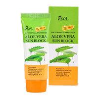Крем солнцезащитный с алоэ Ekel Soothing And Moisture Sun Block SPF50+ PA+++ Aloe Vera