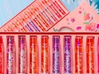 Блеск для губ с витамином А и Е Lip Oil Magic